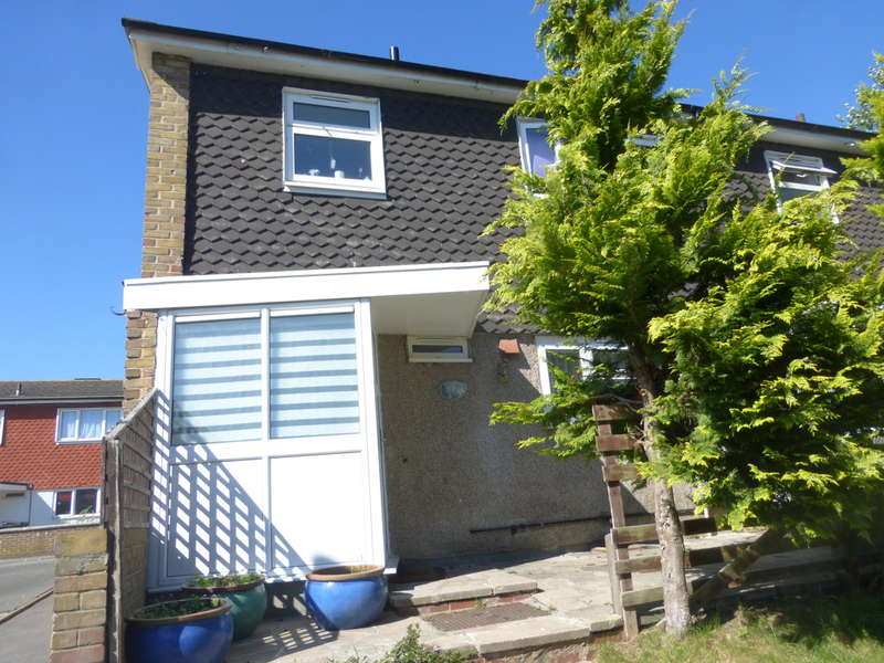 3 Bedrooms End Of Terrace House for sale in North Walk, New Addington, Croydon, CR0 9EQ