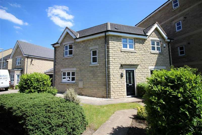 3 Bedrooms Detached House for sale in Plover Mills, Lindley, Huddersfield