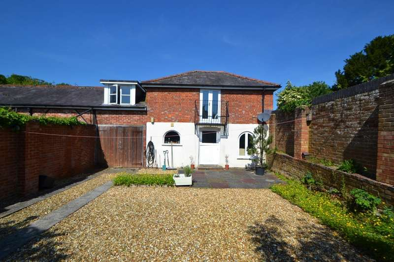 2 Bedrooms Semi Detached House for sale in Cranborne