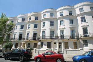 1 Bedroom Flat for sale in Lansdowne Place, Hove, East Sussex