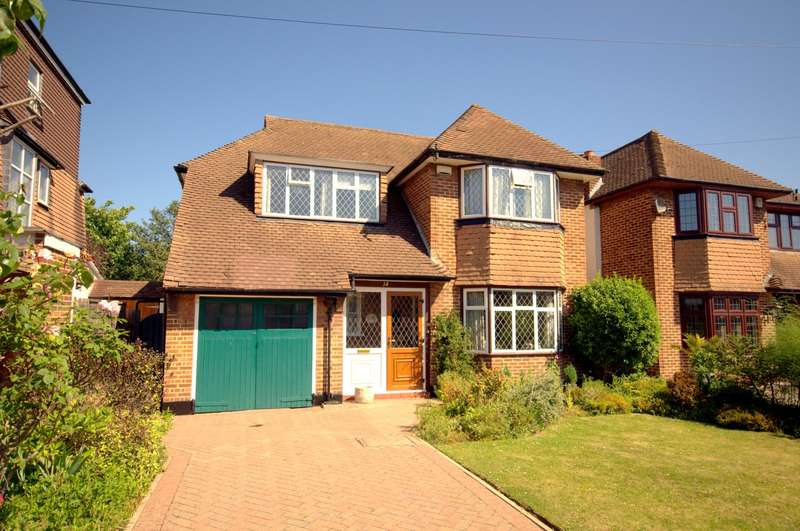 4 Bedrooms Detached House for sale in Old Malden