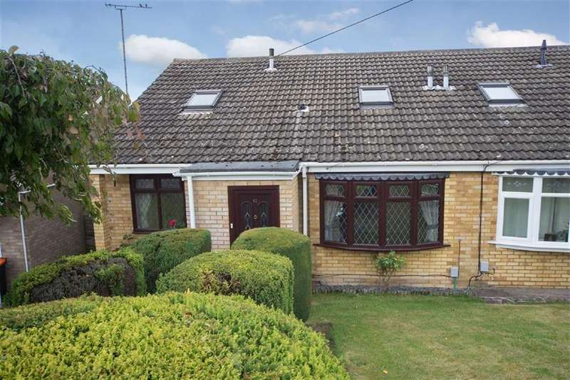 3 Bedrooms Semi Detached House for sale in Staveley Road, Dunstable, Bedfordshire, LU6