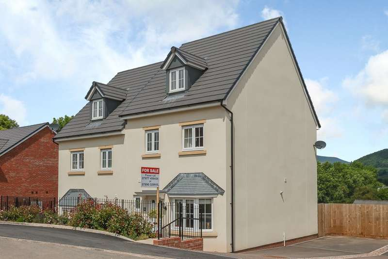 4 Bedrooms Semi Detached House for sale in Mametz Grove, Gilwern, Abergavenny, Sir Fynwy NP7