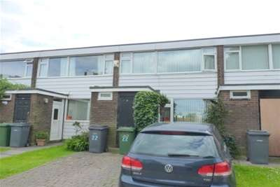 4 Bedrooms House for rent in Hornby Avenue, Bromborough