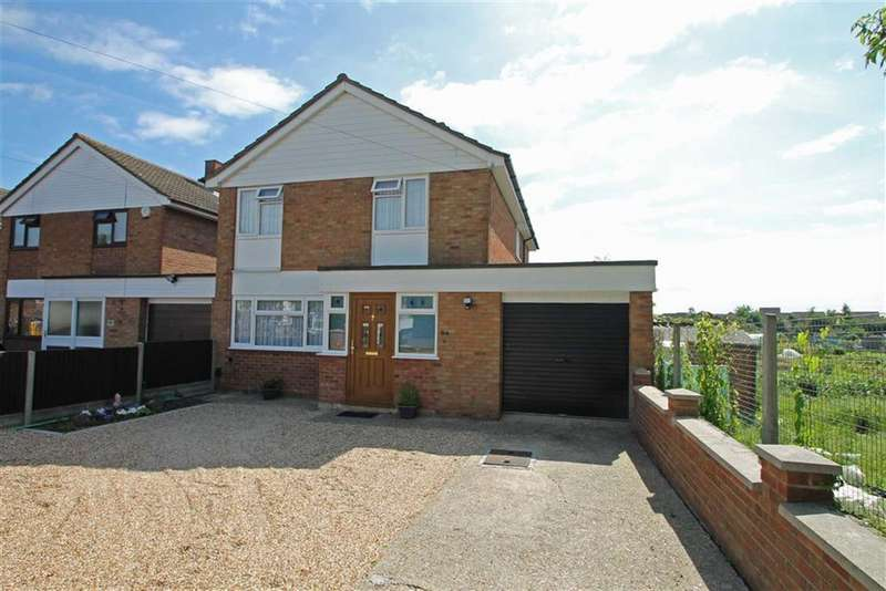 4 Bedrooms Property for sale in Barkers Lane, Bedford