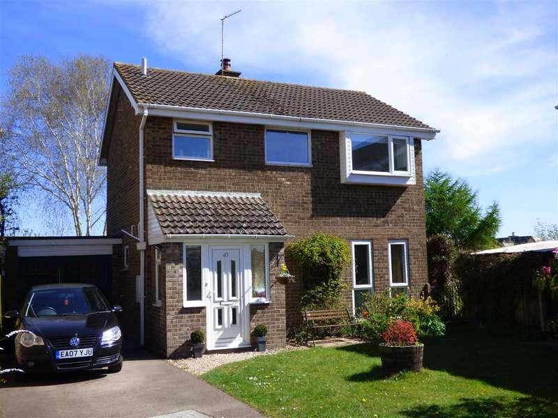 3 Bedrooms Detached House for sale in Birchwood Road, Woolaston, Lydney