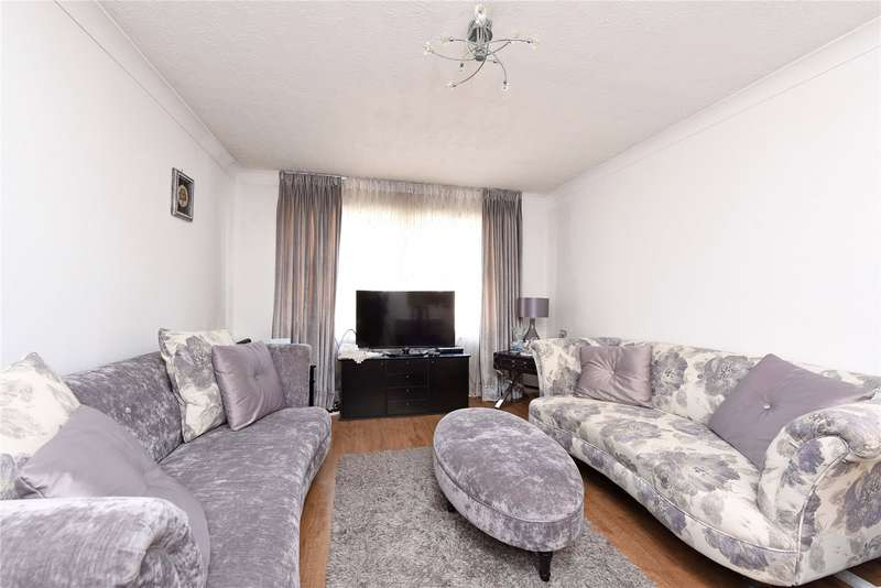 2 Bedrooms Flat for sale in Times Court, 24 Ravensbury Road, London, SW18