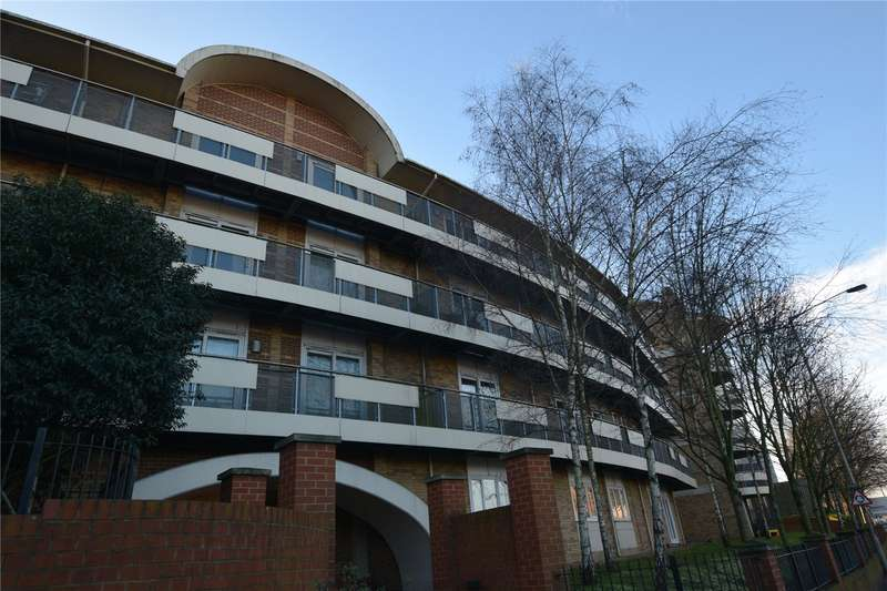 2 Bedrooms Apartment Flat for sale in Branagh Court, Oxford Road, Reading, Berkshire, RG30