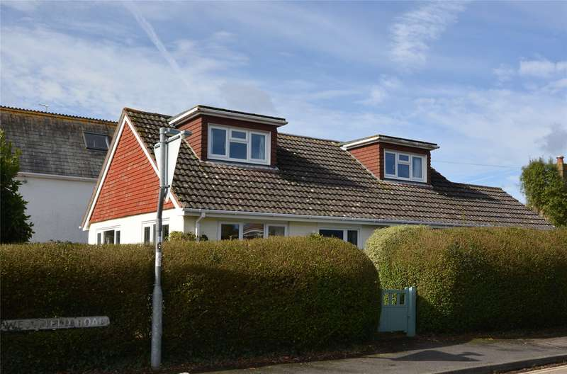 4 Bedrooms Detached House for sale in Westfield Road, Lymington, Hampshire, SO41