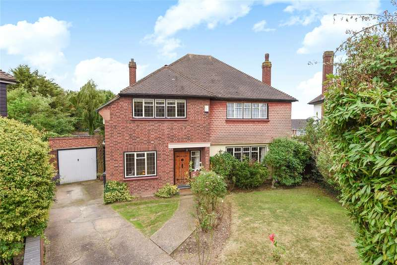 4 Bedrooms Detached House for sale in Millwell Crescent, Chigwell, Essex, IG7