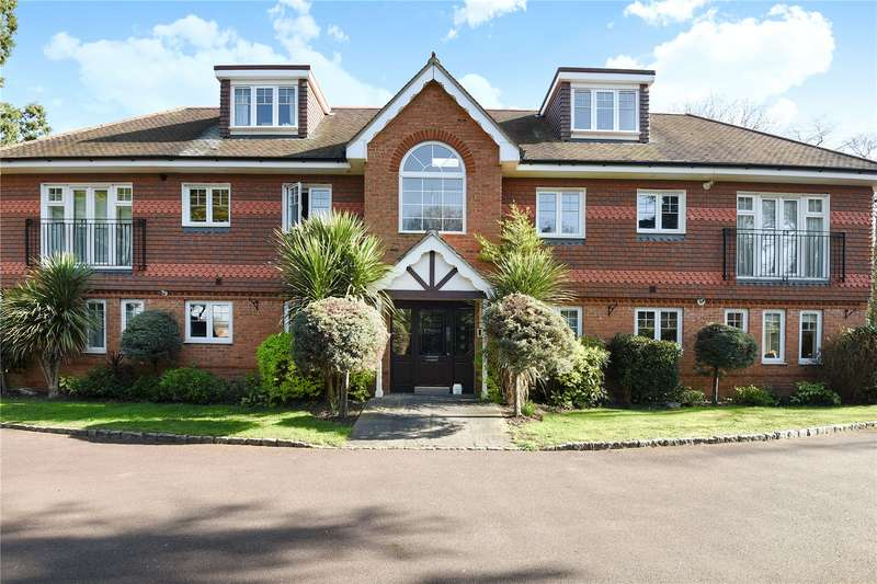 2 Bedrooms Apartment Flat for sale in Forest Lodge, Old Forest Road, Wokingham, RG41