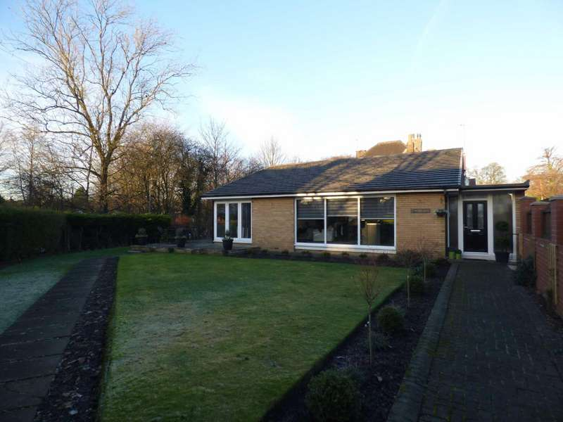 3 Bedrooms Detached House for sale in Woodlands Way, Alkrington, Middleton, Manchester, M24