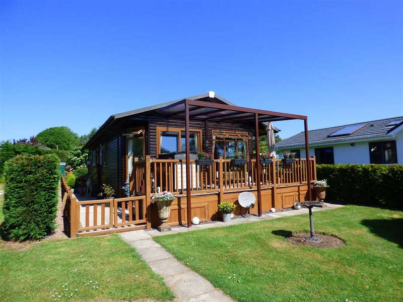 2 Bedrooms Detached House for sale in St Pierre Country Park, Portskewett, Caldicot