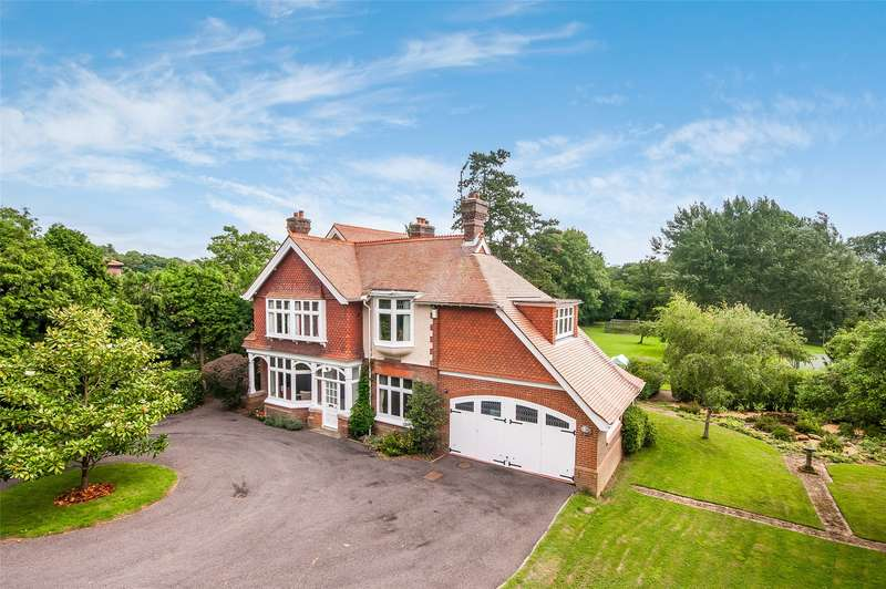 5 Bedrooms Detached House for sale in Stane Street, Ockley, Dorking, Surrey, RH5