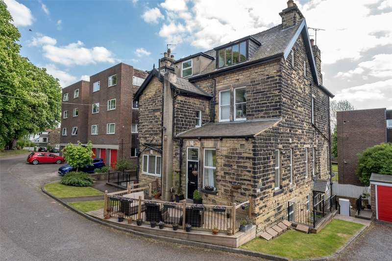 2 Bedrooms Flat for sale in Keldholme, 261 Harrogate Road, Leeds, West Yorkshire, LS17