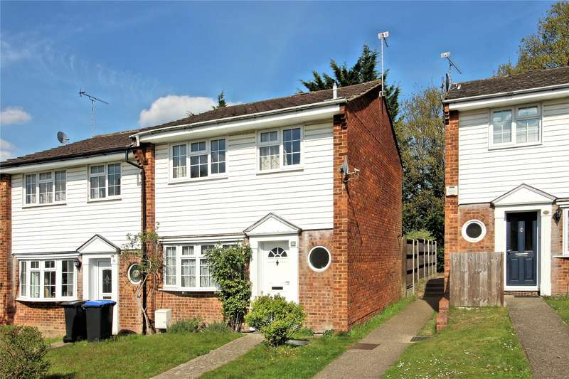 3 Bedrooms End Of Terrace House for sale in De Lara Way, Woking, Surrey, GU21