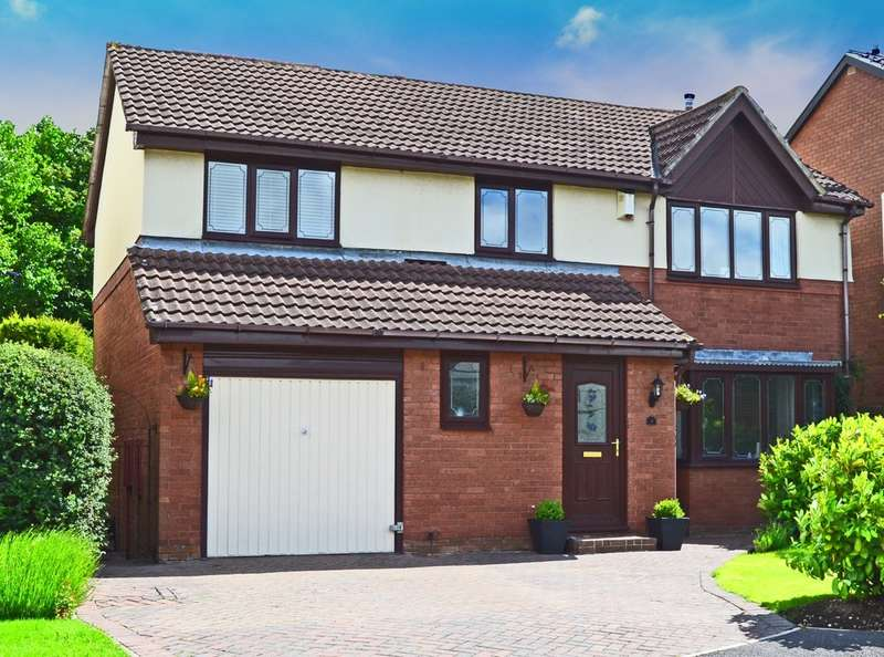 4 Bedrooms Detached House for sale in Ambleside Drive, Walton