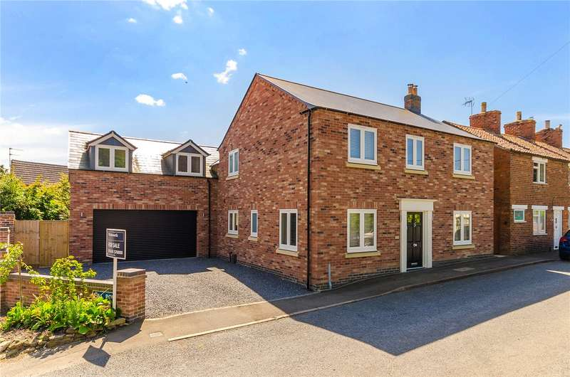 4 Bedrooms Detached House for sale in Casthorpe Road, Barrowby, Grantham, NG32