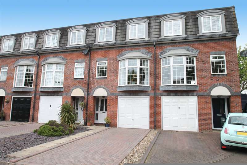 4 Bedrooms Terraced House for sale in Hamilton Close, Rustington, West Susssex, BN16