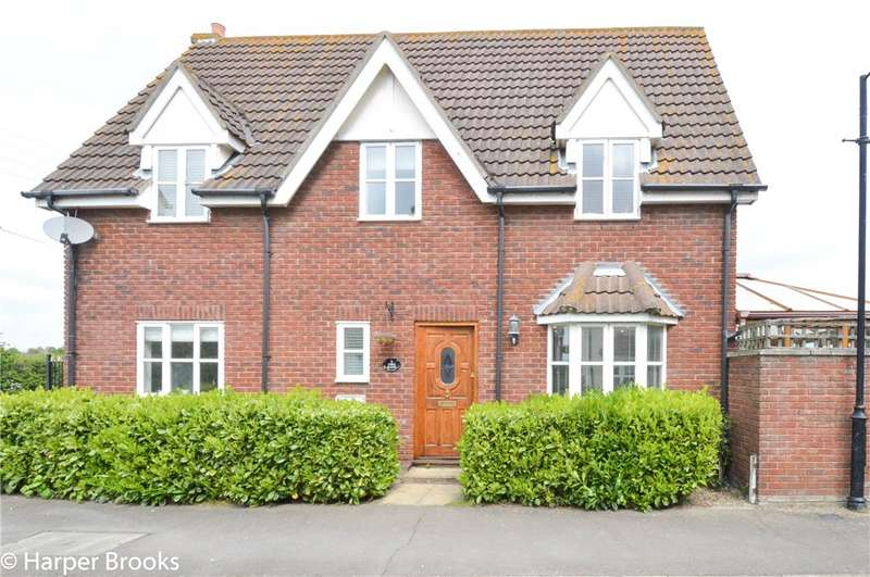 4 Bedrooms Detached House for sale in Steeple Meadows, Southminster, Essex, CM0