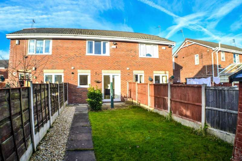 2 Bedrooms Semi Detached House for sale in Cedar View, Cedar Street, Ashton-under-lyne, Lancashire, OL6