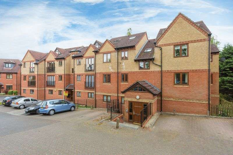 2 Bedrooms Property for sale in The Dale, Headington, Oxford