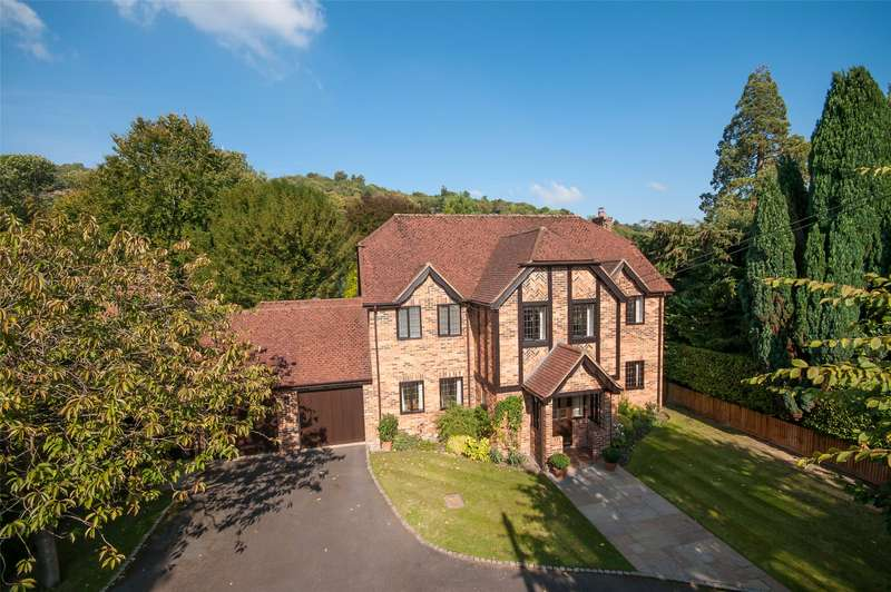5 Bedrooms Detached House for sale in Tree Way, Reigate, Surrey, RH2