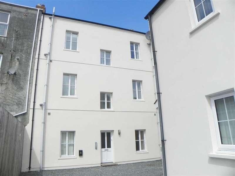 1 Bedroom Flat for sale in Co-Op Lane, Pembroke Dock