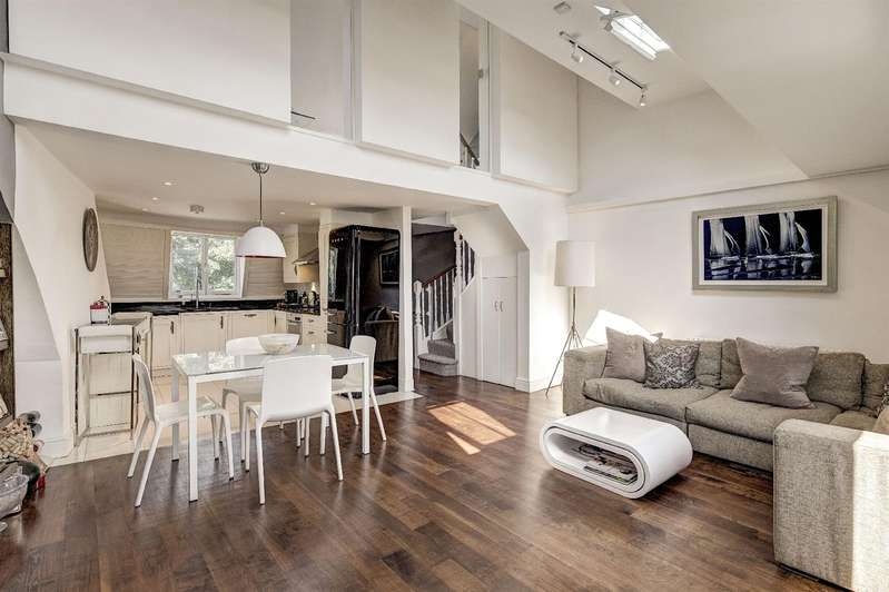 3 Bedrooms Flat for sale in South Hill Park, Hampstead Heath, NW3