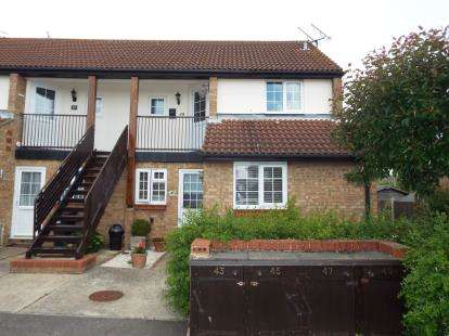 2 Bedrooms Maisonette Flat for sale in Rayleigh, Essex, Uk