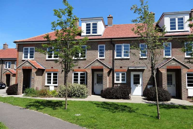 3 Bedrooms Terraced House for sale in Pecketts Gate, Donnington PO19