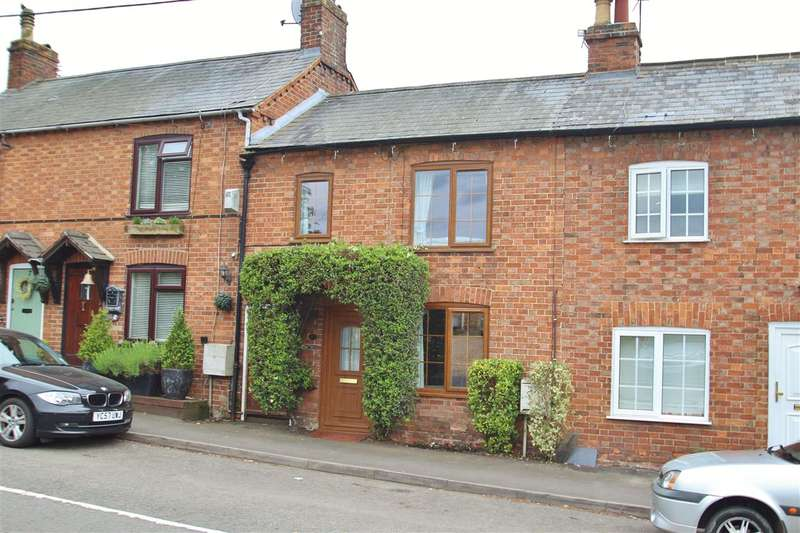 2 Bedrooms Property for sale in Chaloners Hill, Steeple Claydon