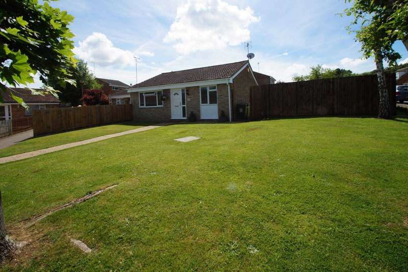 2 Bedrooms Bungalow for sale in Elstree Road, Hemel Hempstead