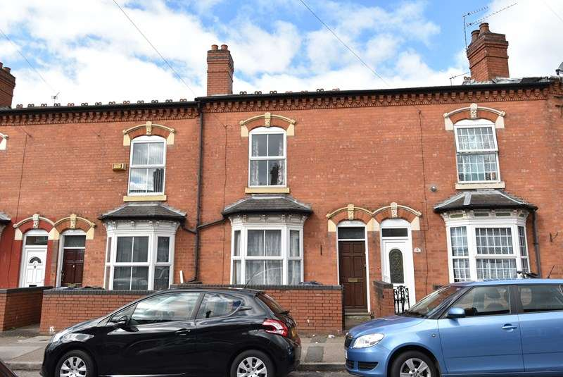 3 Bedrooms Terraced House for sale in Frederick Road, Sparkhill, Birmingham