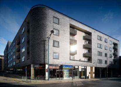 2 Bedrooms Flat for sale in High Street, Manchester, Greater Manchester