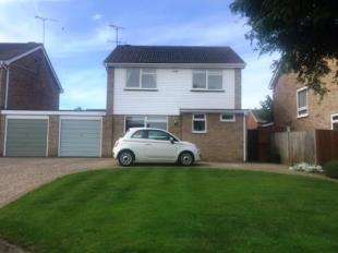 4 Bedrooms Detached House for sale in The Finches, Sittingbourne