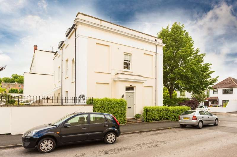 3 Bedrooms Semi Detached House for sale in Priory Street, Cheltenham