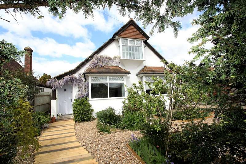 4 Bedrooms Detached House for sale in Lancaster Road, Goring By Sea, Worthing, BN12