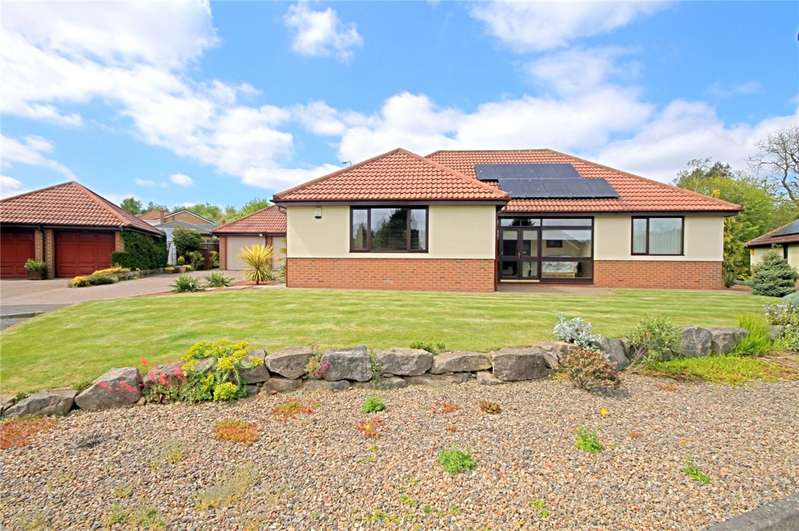 3 Bedrooms Detached Bungalow for sale in St Andrews Court, Woodham, Newton Aycliffe, DL5