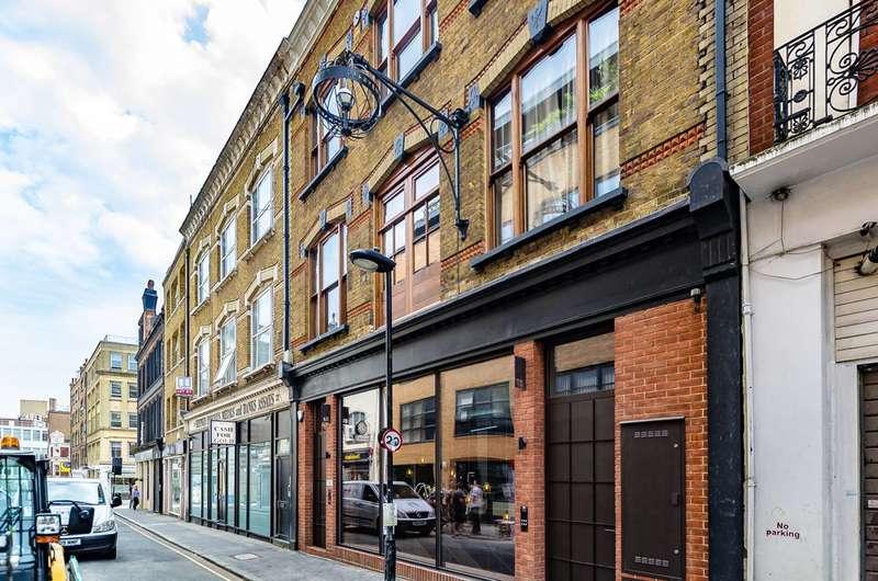 2 Bedrooms Flat for sale in Hatton Wall, Farringdon, EC1N