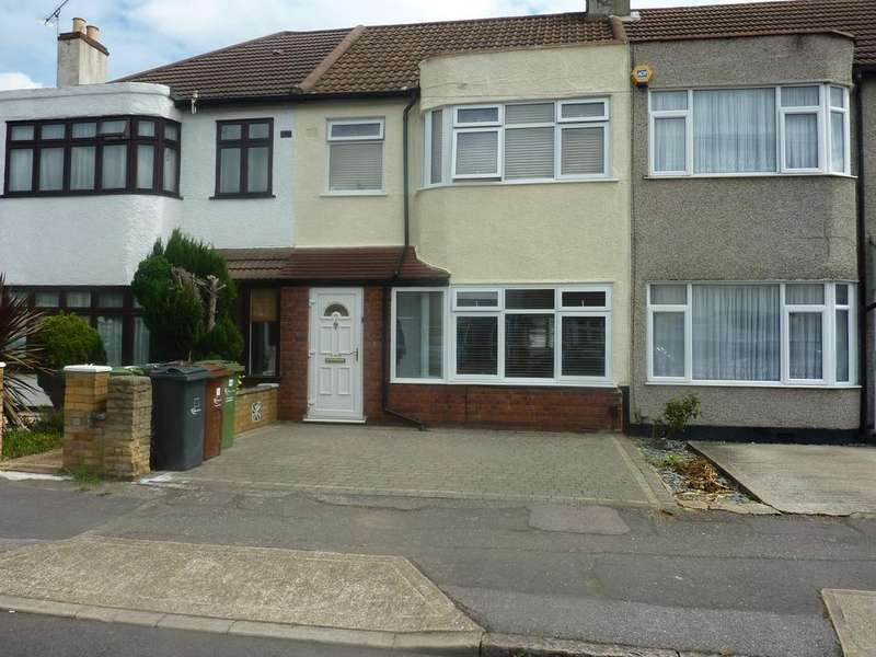 3 Bedrooms Terraced House for sale in Temple Avenue, Dagenham RM8
