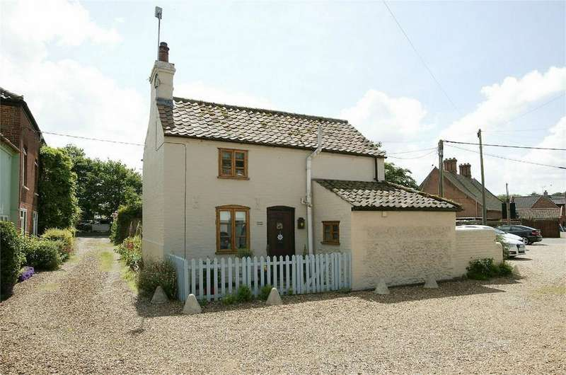 1 Bedroom Cottage House for sale in The Street, Lyng, Norfolk