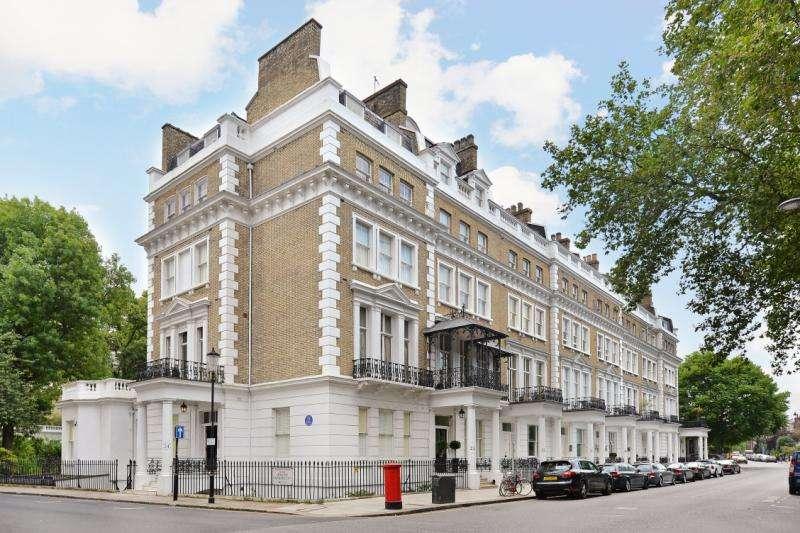 Flat for sale in Onslow Gardens, South Kensington, London, SW7