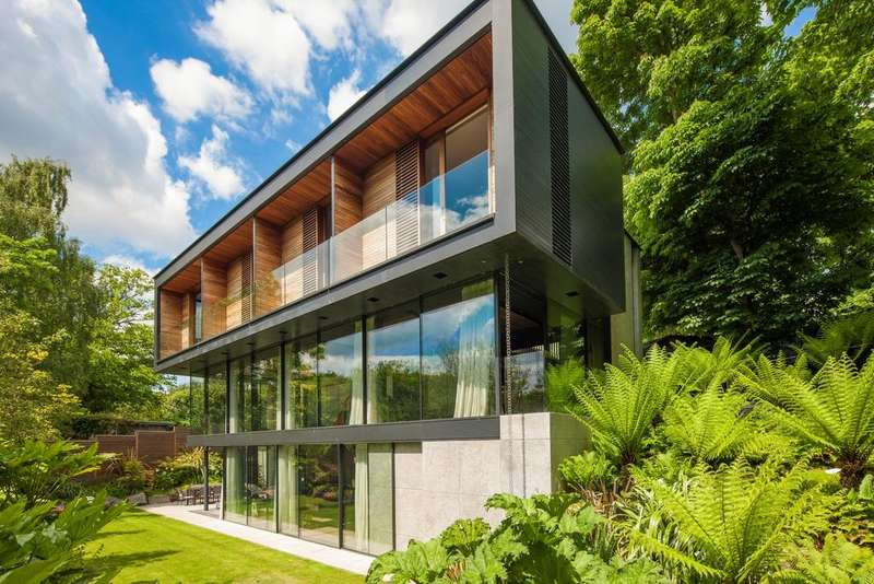5 Bedrooms House for sale in Fitzroy Park, London. N6