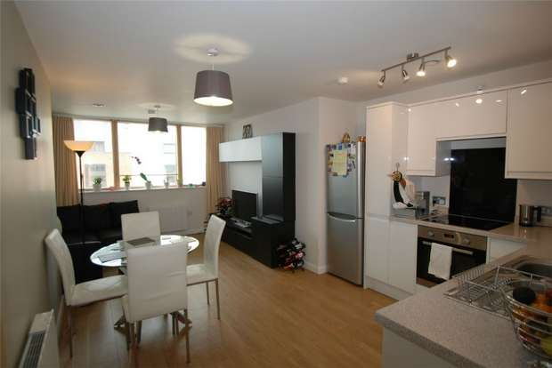 2 Bedrooms Flat for sale in 12 Portland Heights, Dean Street, Bristol