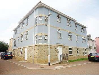 2 Bedrooms Flat for sale in Junction Gardens, Plymouth, PL4