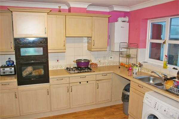 4 Bedrooms Semi Detached House for sale in Foxes Meadow, Birmingham, West Midlands