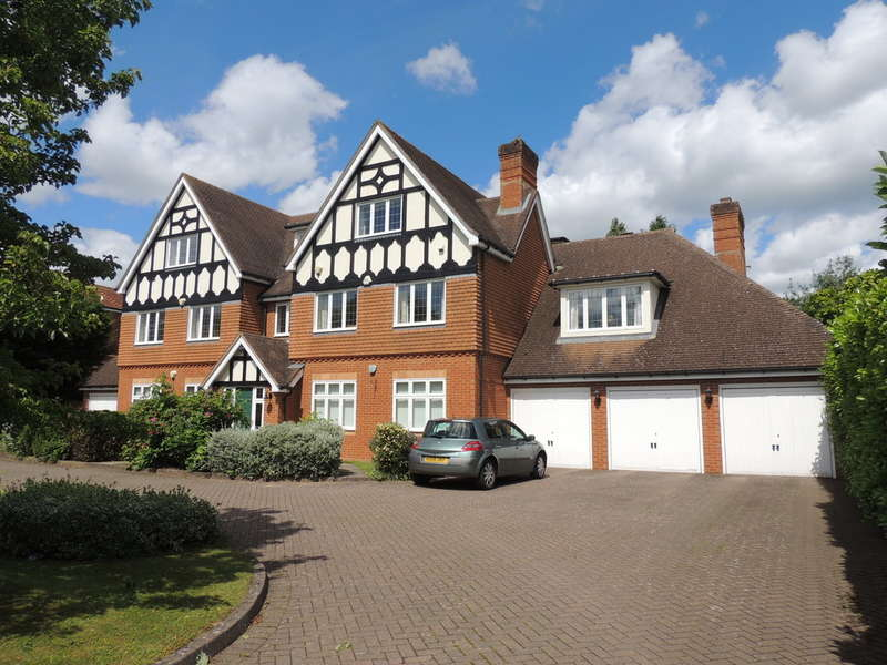 2 Bedrooms Flat for sale in Grove Road, Knowle