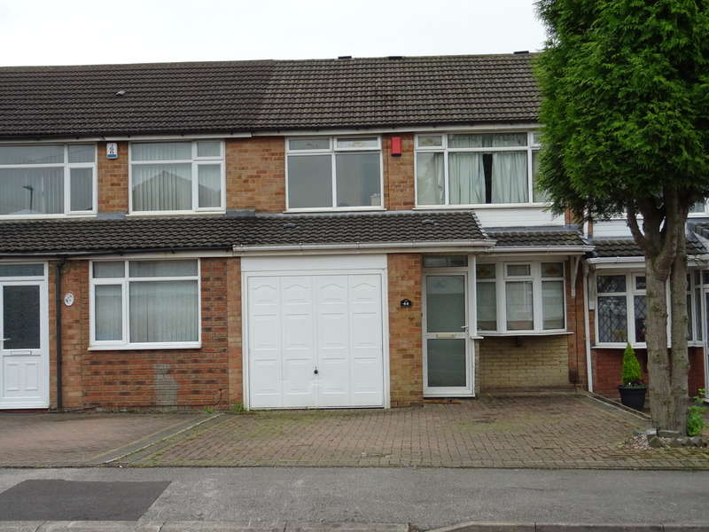 3 Bedrooms Semi Detached House for sale in Trenance Road, Exhall, Coventry