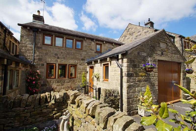 4 Bedrooms Semi Detached House for sale in Corbett Way OL3